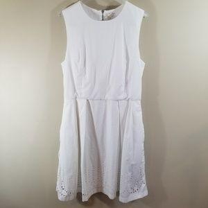 Dresses & Skirts - GAP White Eyelet Tank Dress 8 Tall